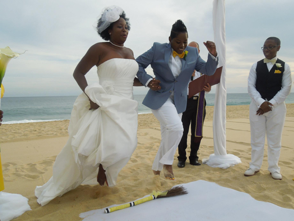Mignon And Elaine Jump The Broom After A Decade Of Commitment Freedom To Marry